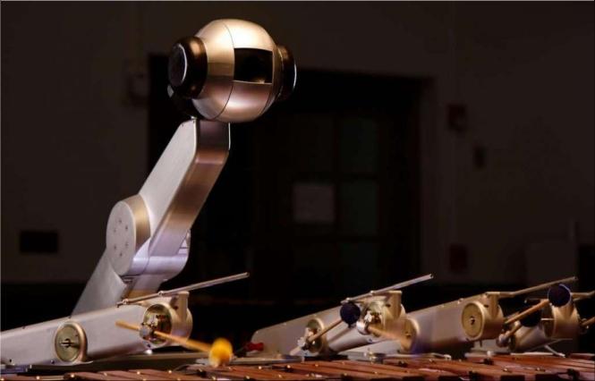 De robot Shimon